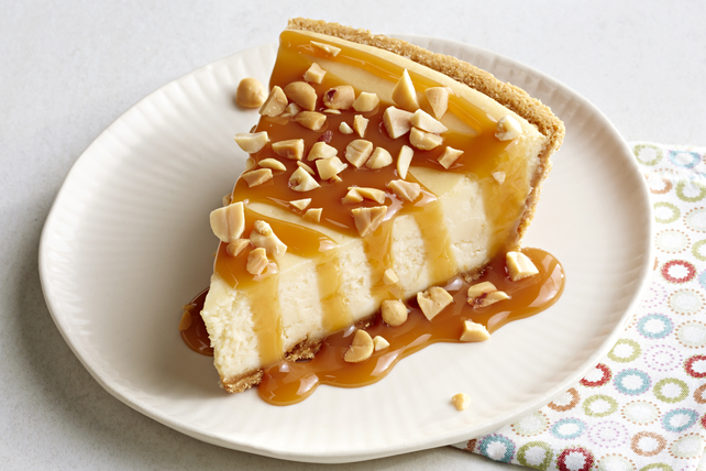 Caramel Apple Crisp Cheesecake Image 1