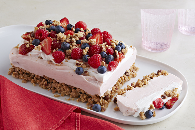 Frozen Yogurt-Berry Dessert Image 1