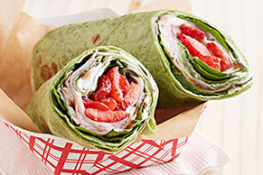 Spinach Wraps with Turkey & Strawberry