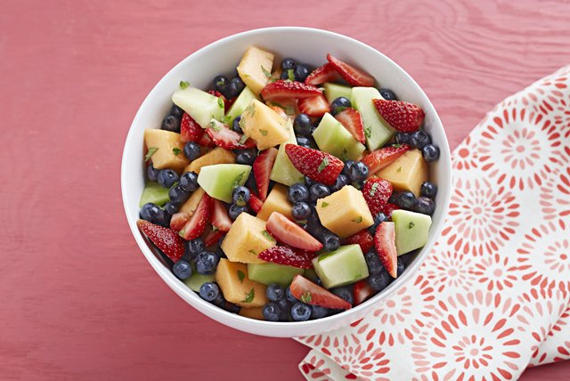 Lemonade Fruit Salad Image 1