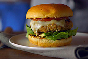 Southwest Pepper Jack Turkey Burger