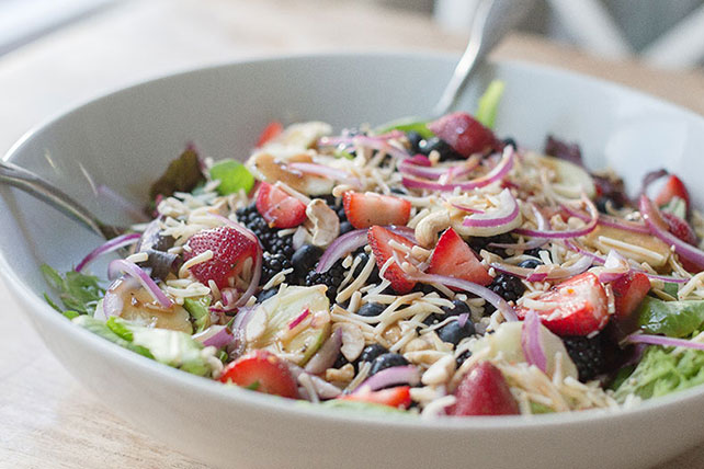 Berry-Habanero Chicken Salad
