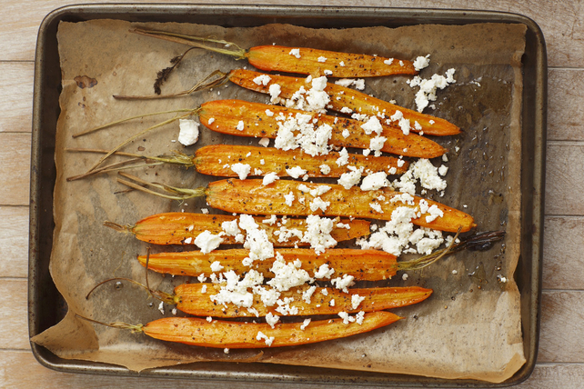 Balsamic-Roasted Carrots with Feta Image 1