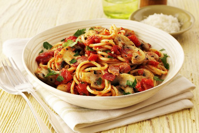 Bucatini Pasta with Bacon & Mushrooms Image 1
