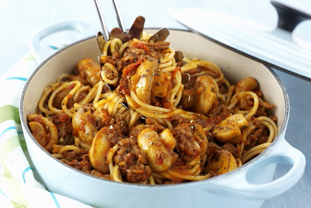 Meaty Mushroom & Pepper Pasta Image 1