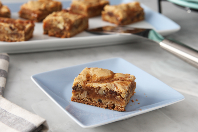 Caramel-Swirl Blondies Image 1