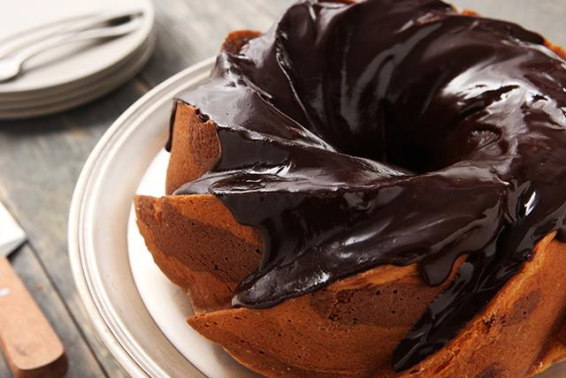 Chocolate-Banana Marble Cake Image 1