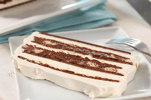 Chocolate Mudslide Ice Cream Cake Image 1