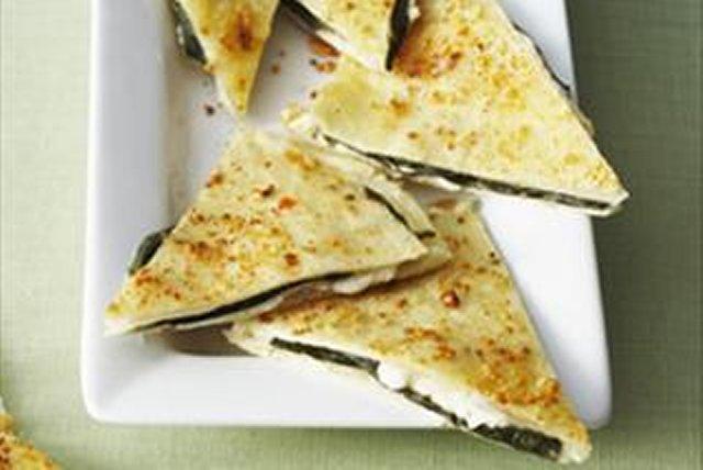 Quesadillas de queso con albahaca Image 1