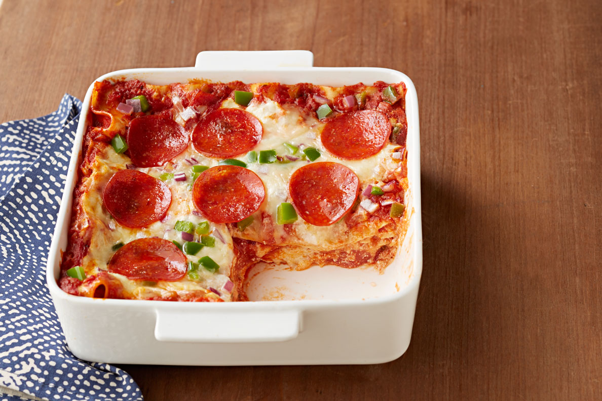 Sencilla lasaña de pizza con pepperoni
