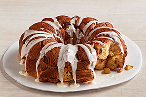 Apple-Cinnamon Roll Monkey Bread