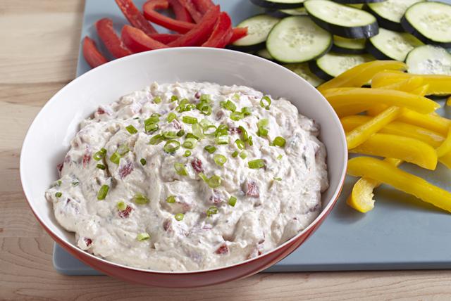 Dip de pimientos rojos asados y cebollitas verdes Image 1
