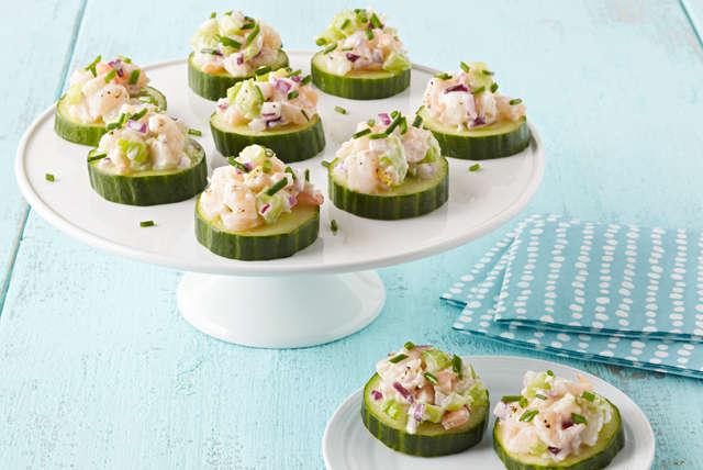 Aperitivo de ensalada de pepino con camarones Image 1