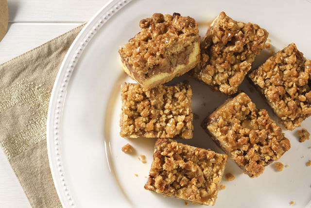 Caramel Apple Crisp Squares Image 1