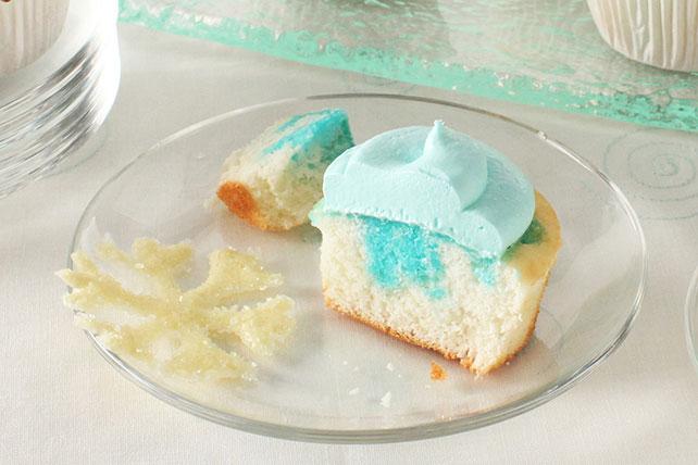 Cupcakes con copos de nieve de chocolate blanco Image 1