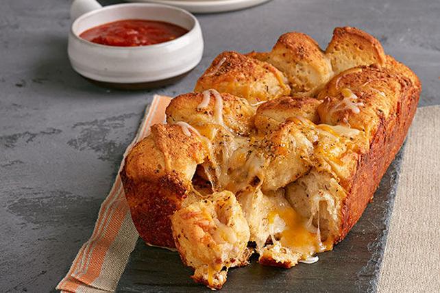 Brioche au fromage avec salsa Image 1