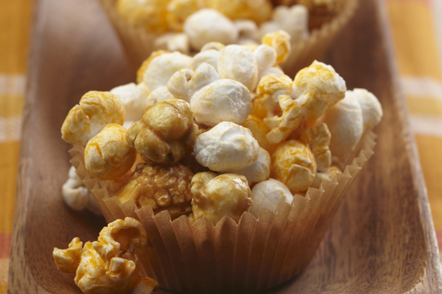 Cheese and Caramel Popcorn Image 1