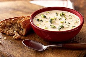 Soupe au brocoli et aux deux fromages Image 1