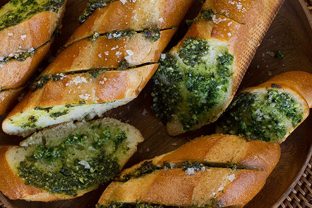 Parmesan Garlic Bread Image 1