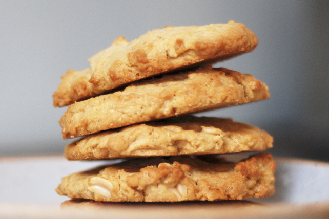 Peanut Butter-Oatmeal Cookies Image 1
