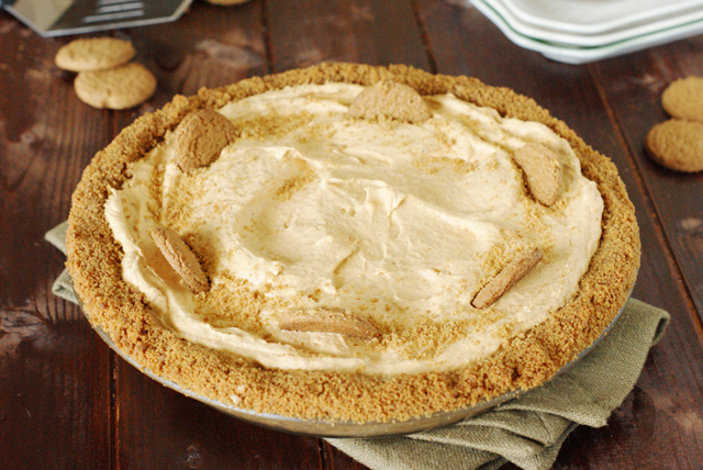 Creamy Pumpkin Mousse Pie with Gingersnap Crust Image 1