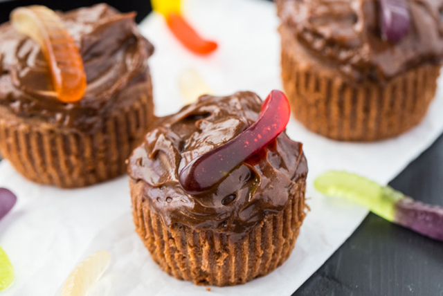 Pudding Dirt Cupcakes Image 1