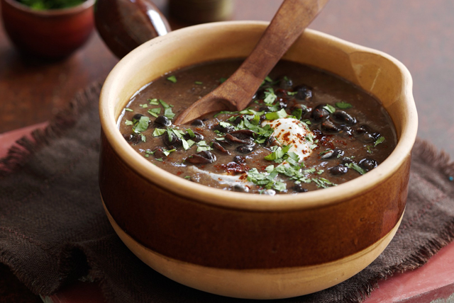 Soupe mexicaine aux haricots noirs Image 1