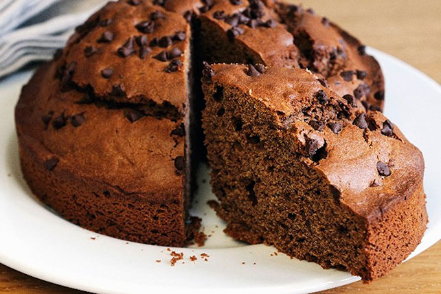Super Chocolate Chocolate Chip Cake Image 1