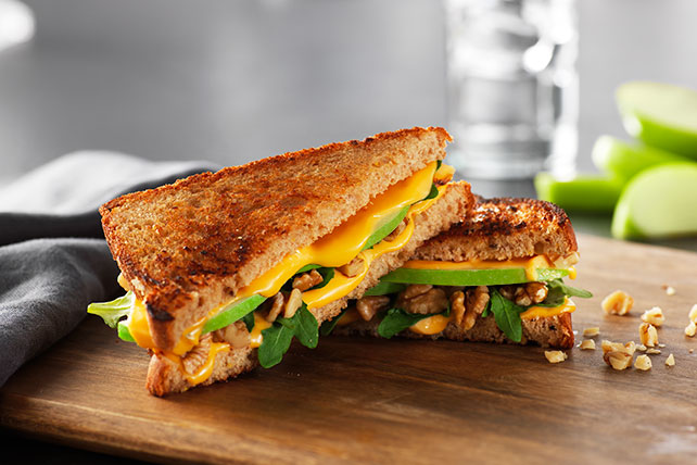 Apple Grilled Cheese Sandwich Image 1