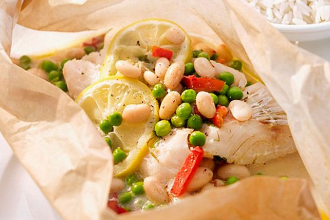 Baked Cod with Veggies en Papillote
