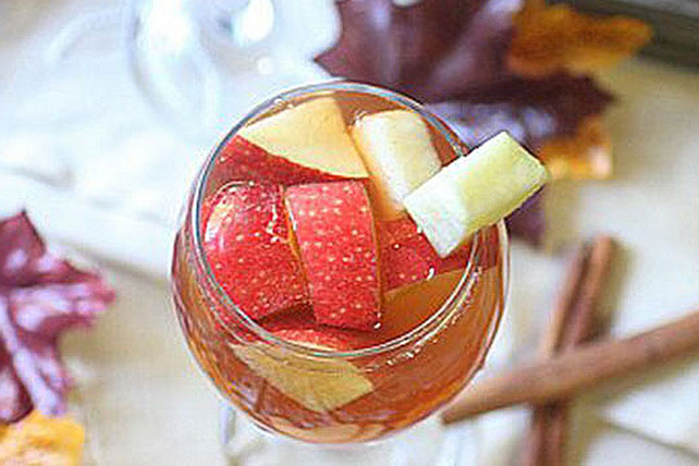 Caramel Apple Pie Sangria Image 1