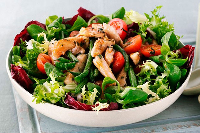Chicken, Green Bean and Tomato Salad Image 1