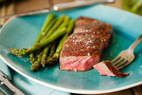 Broiled Steak and Asparagus