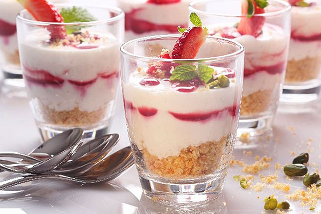 Strawberry and Yogurt Parfaits Image 1