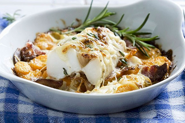 oven baked cod cheesy oven baked cod with carrots and bacon kraft recipes 12554