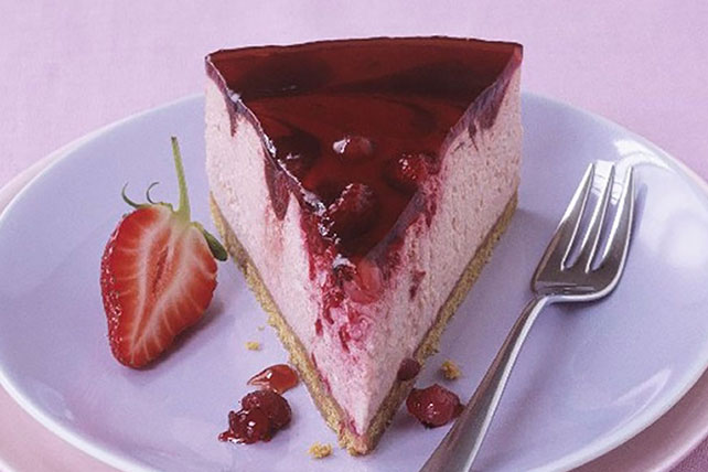 No-Bake Cheesecake with Berry Glaze Image 1