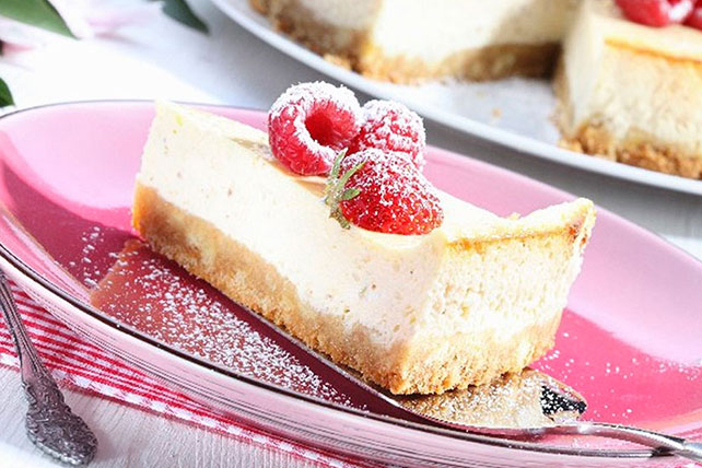 Cheesecake with Raspberries Image 1