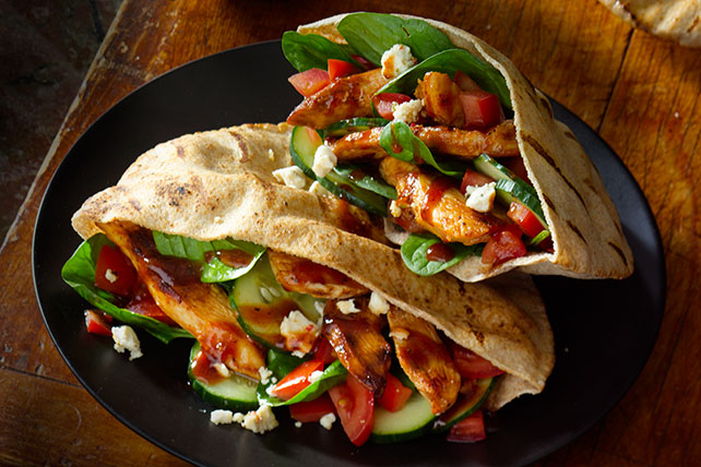 Grilled Chicken Pitas Image 1