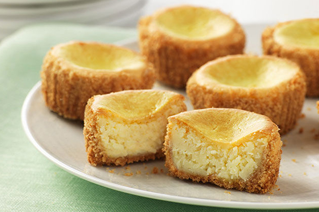 Mini Lemon Cheesecakes Image 1
