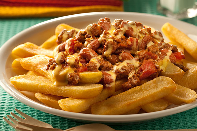 Kickin' Chili Fries Image 1
