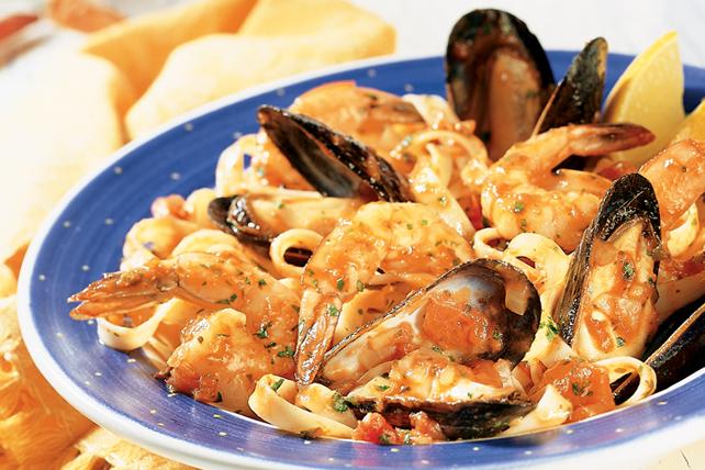 Fettucines aux crevettes et aux moules Image 1