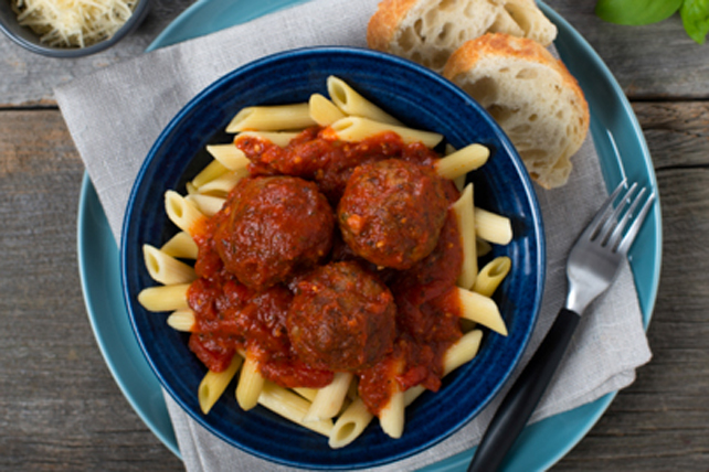 Pasta with Turkey Meatballs Image 1