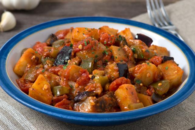 Aubergines, pommes de terre et poivrons sautés Image 1
