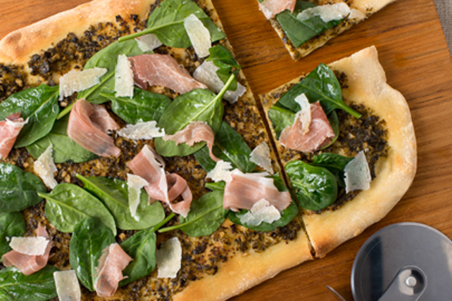 Pizza au pesto et au prosciutto Image 1