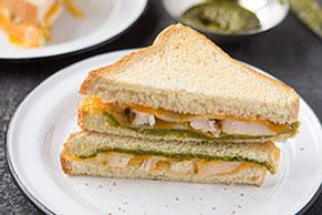 Toasted Cheesy Chicken Pesto Sandwich