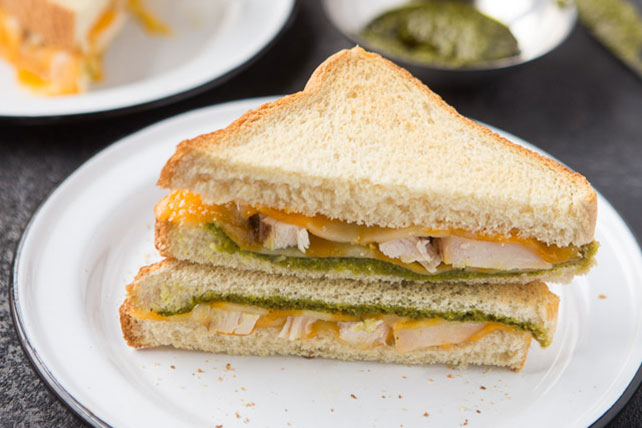 Toasted Cheesy Chicken Pesto Sandwich Image 1