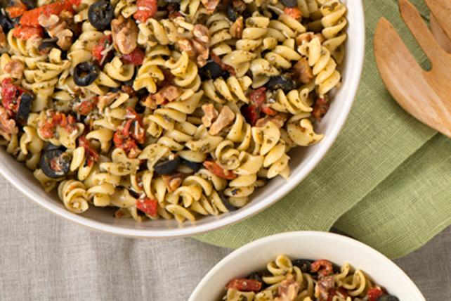 Pesto Rotini Salad Image 1