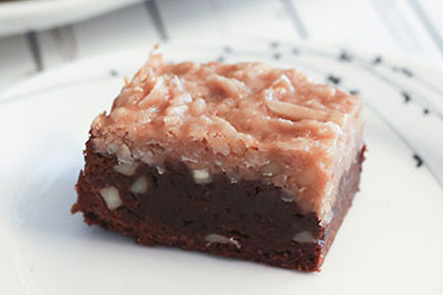 Almond Macaroon Brownies Image 1