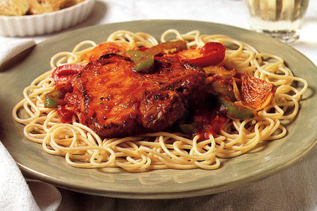 Côtelettes de porc braisées et spaghettis all'arrabiata Image 1