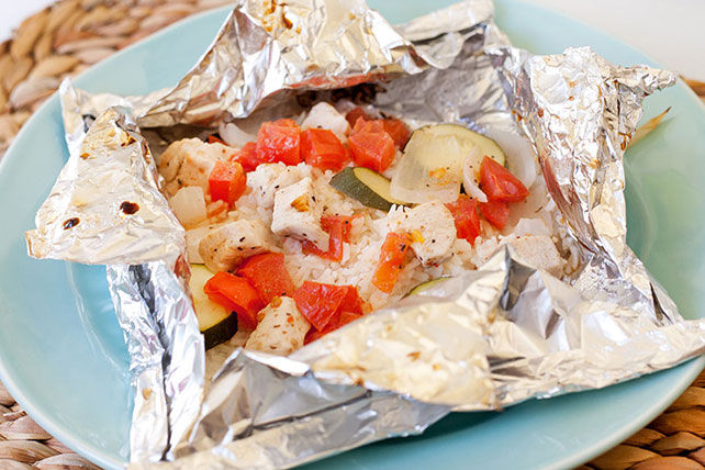 "Quick Chicken and Rice ""Kabob"" Foil Packets"
